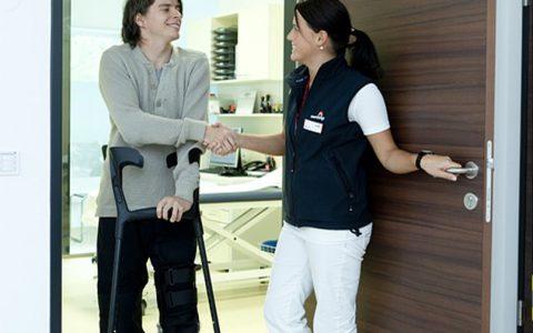 Opiekun Medyczny Polskiego Centrum Opieki Domowej